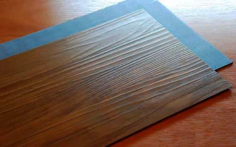 Линолеум или ламинат. Сравниваем покрытия